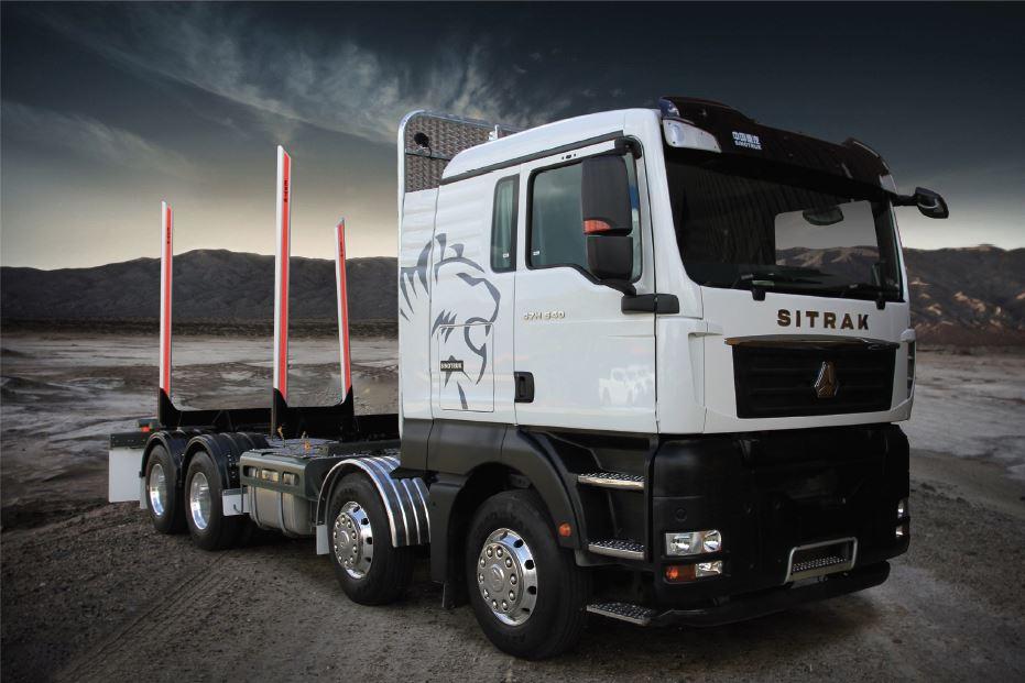 Sinotruk C7H Series 8X4 Logging Truck P Cab