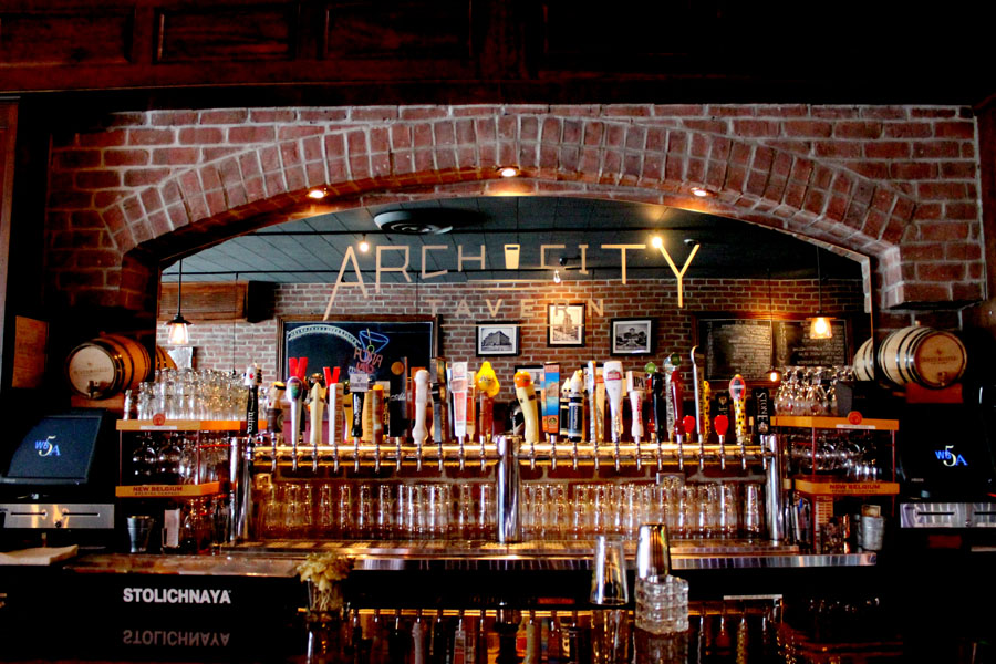 beer taps in Arch City Tavern, Columbus