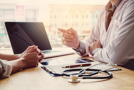 Welche Rolle spielt die Patientenverfügung bei Sterbehilfe?