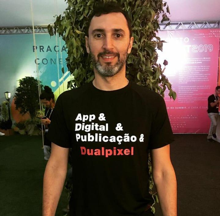 Felipe Santos - Dualpixel - Designer gráfico e especialista Adobe para InDesign, Photoshop e Publicações Digitais
