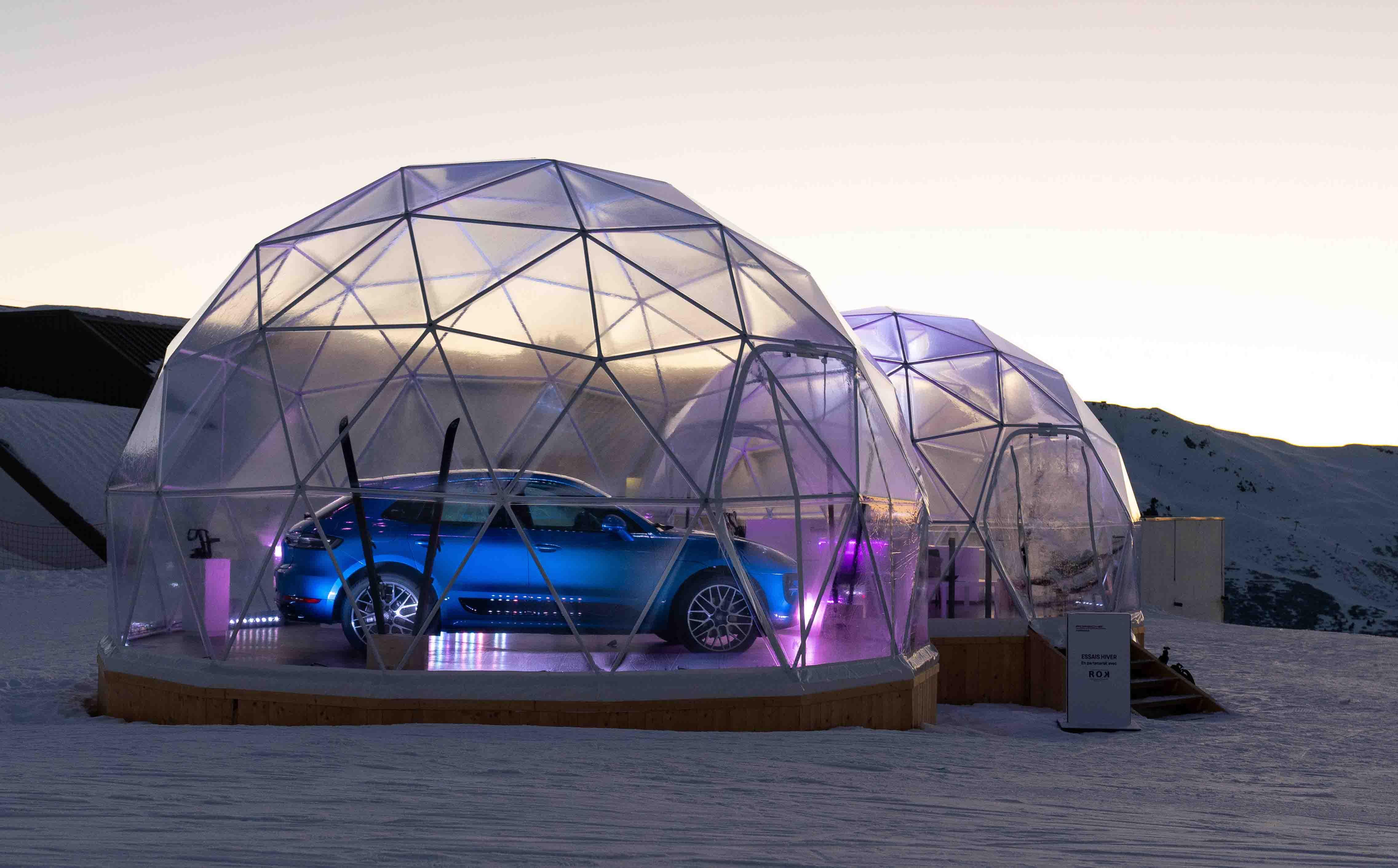 Pop-up store Porsche dans un dôme géodésique à Méribel