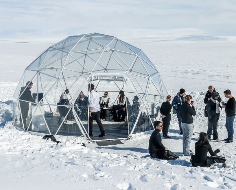 influenceurs narciso rodriguez glace islande