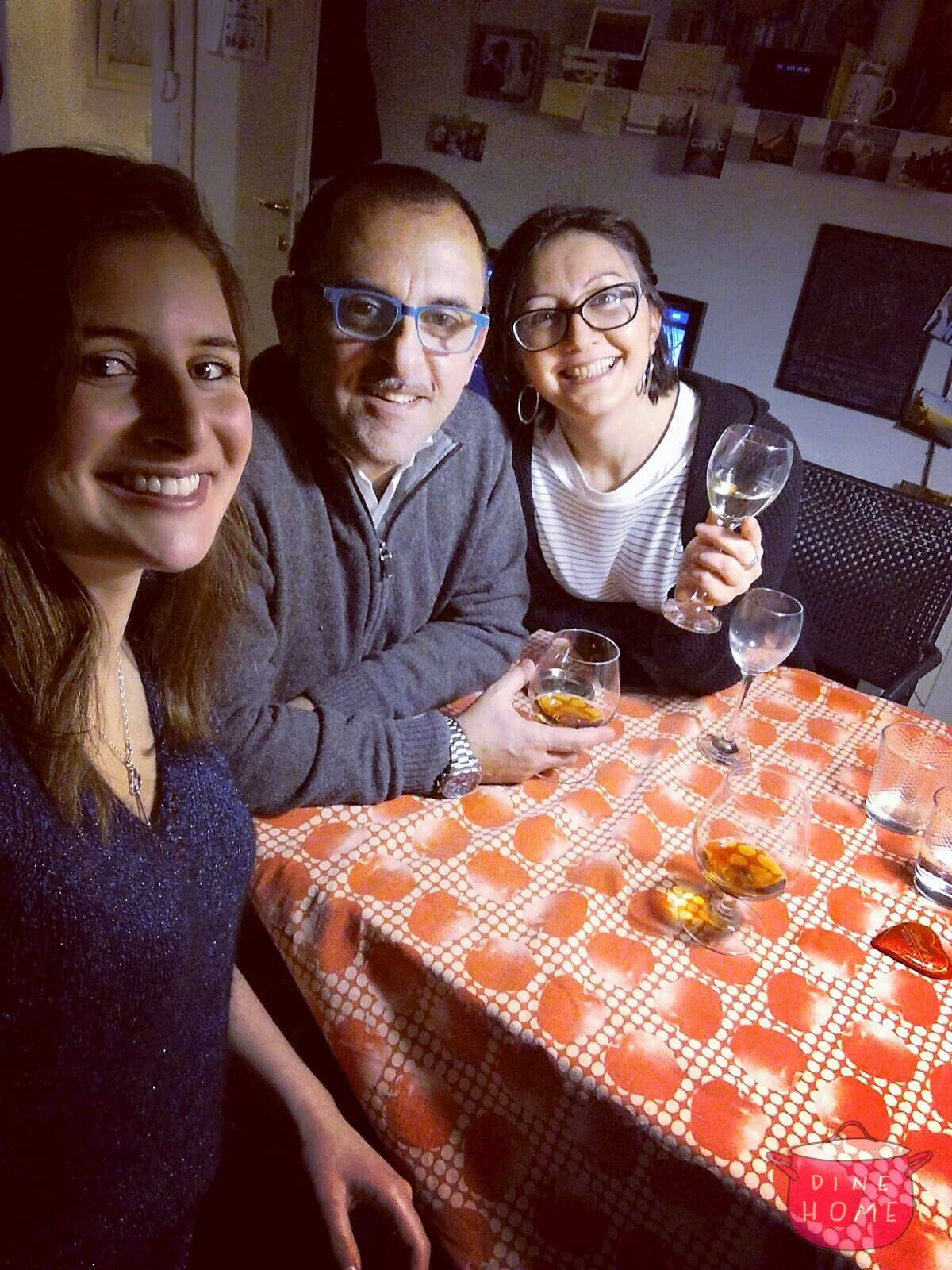 Aliza, U.S. student, having dinner with her Dinehome family.