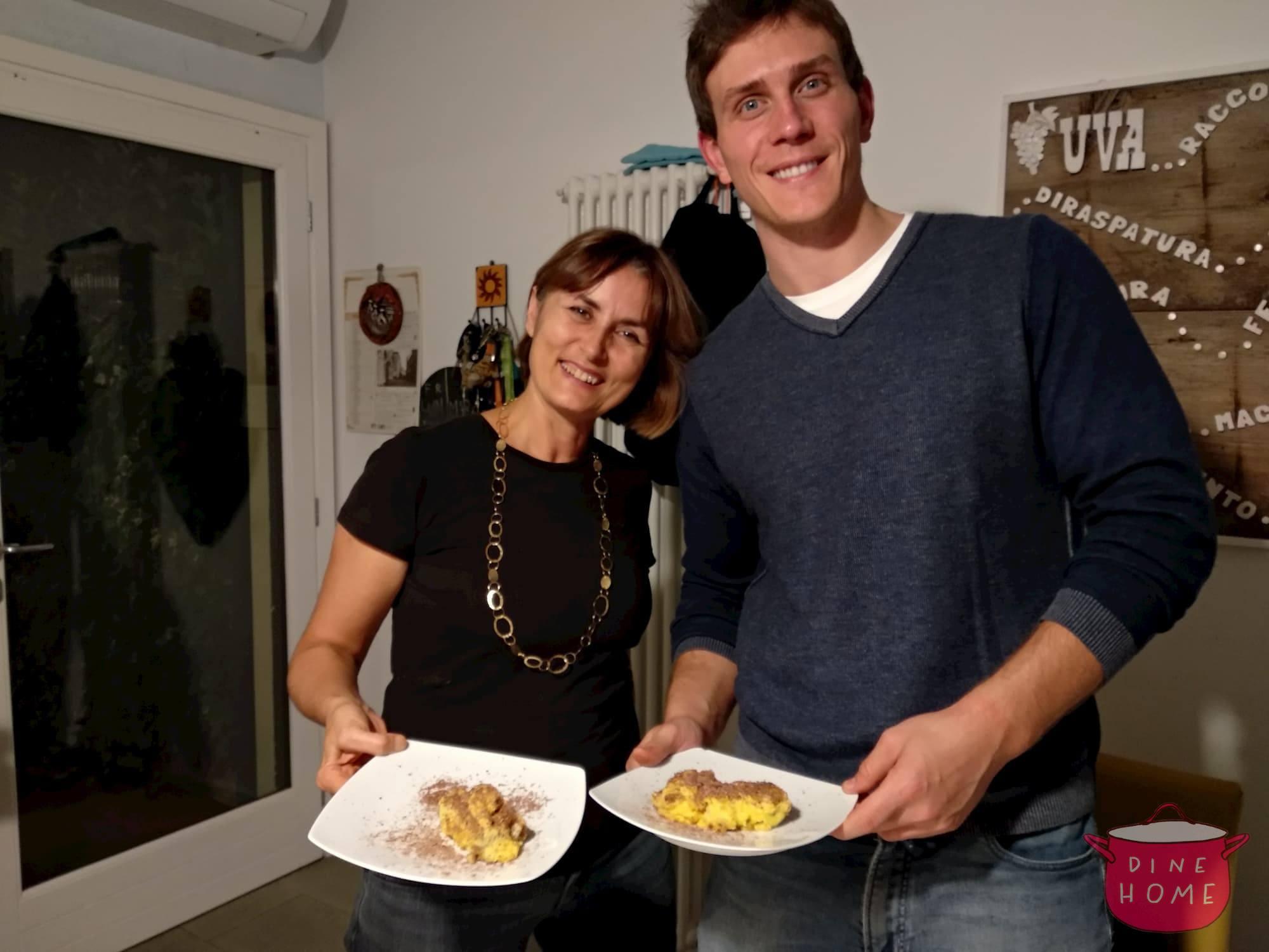 Thomas, studente dagli USA, a cena dalla sua famiglia Dinehome.