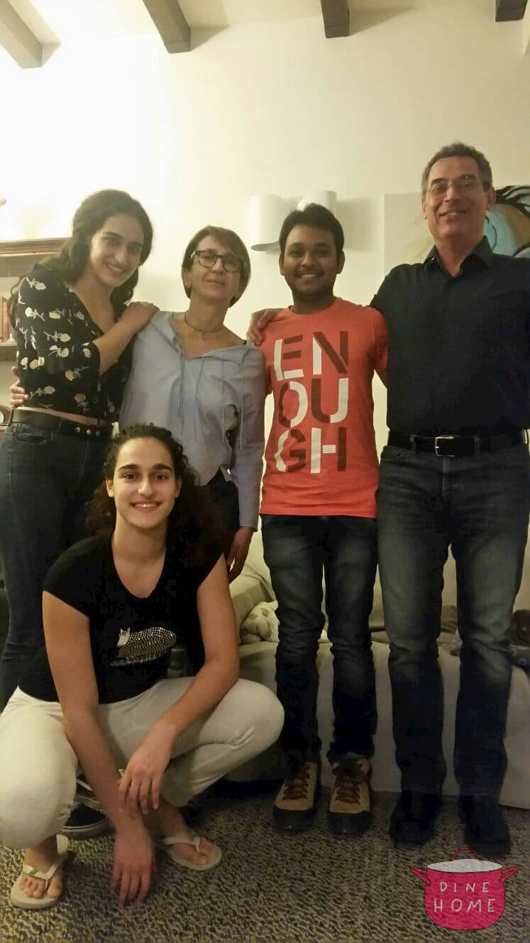 Shaik, Indian student, having dinner with his Dinehome family.