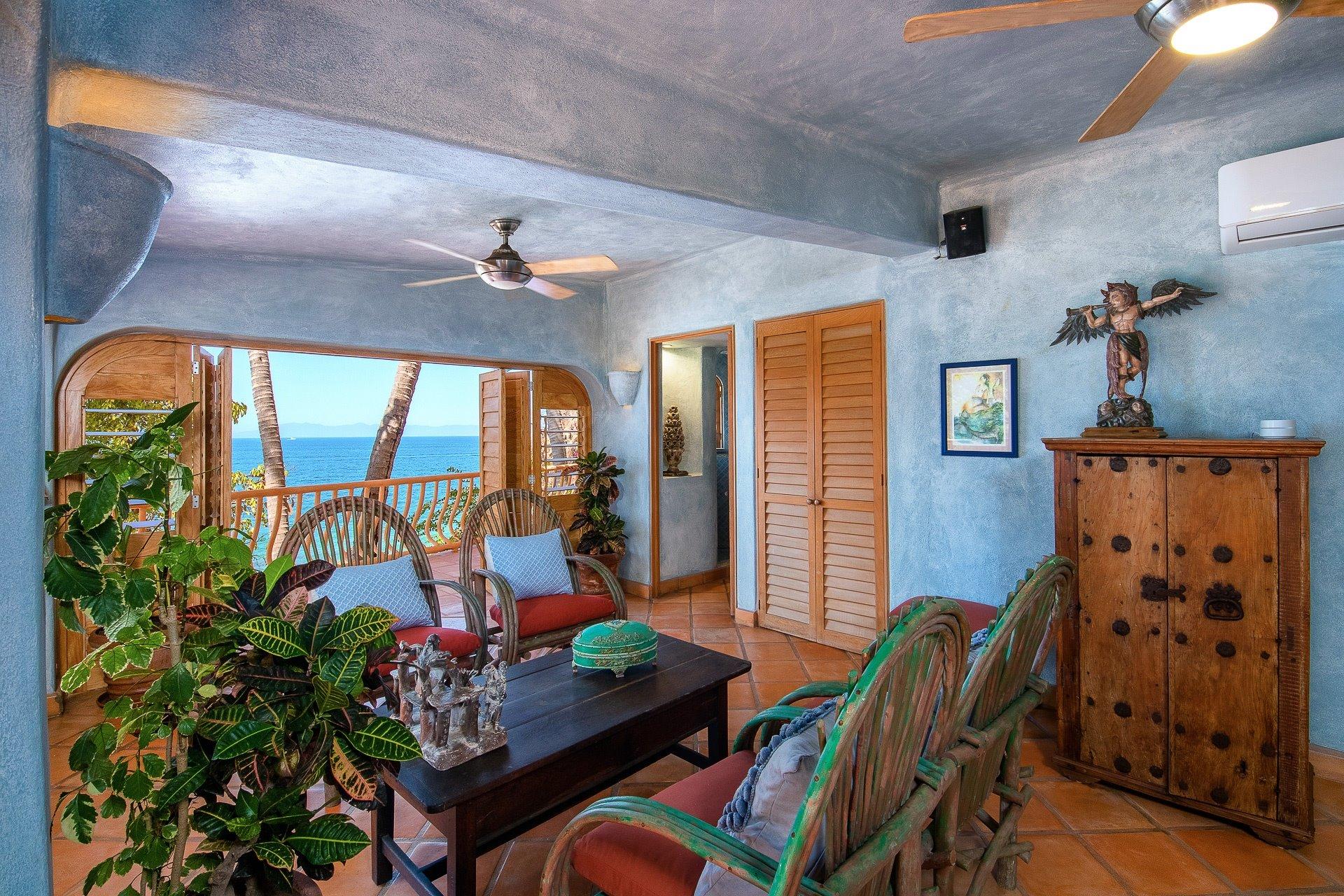 Seaside Suite