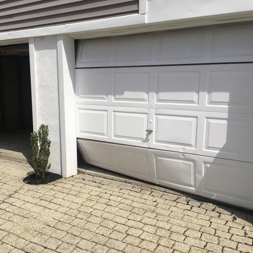 garage door repair project