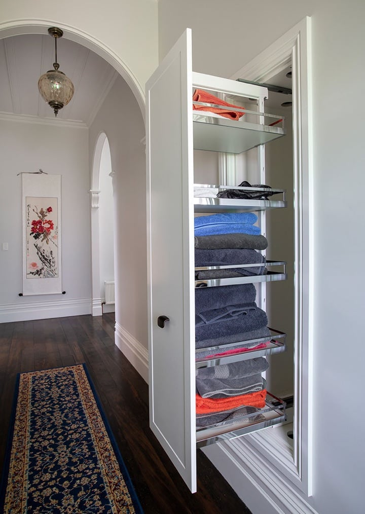 Pull out cupboard for storage