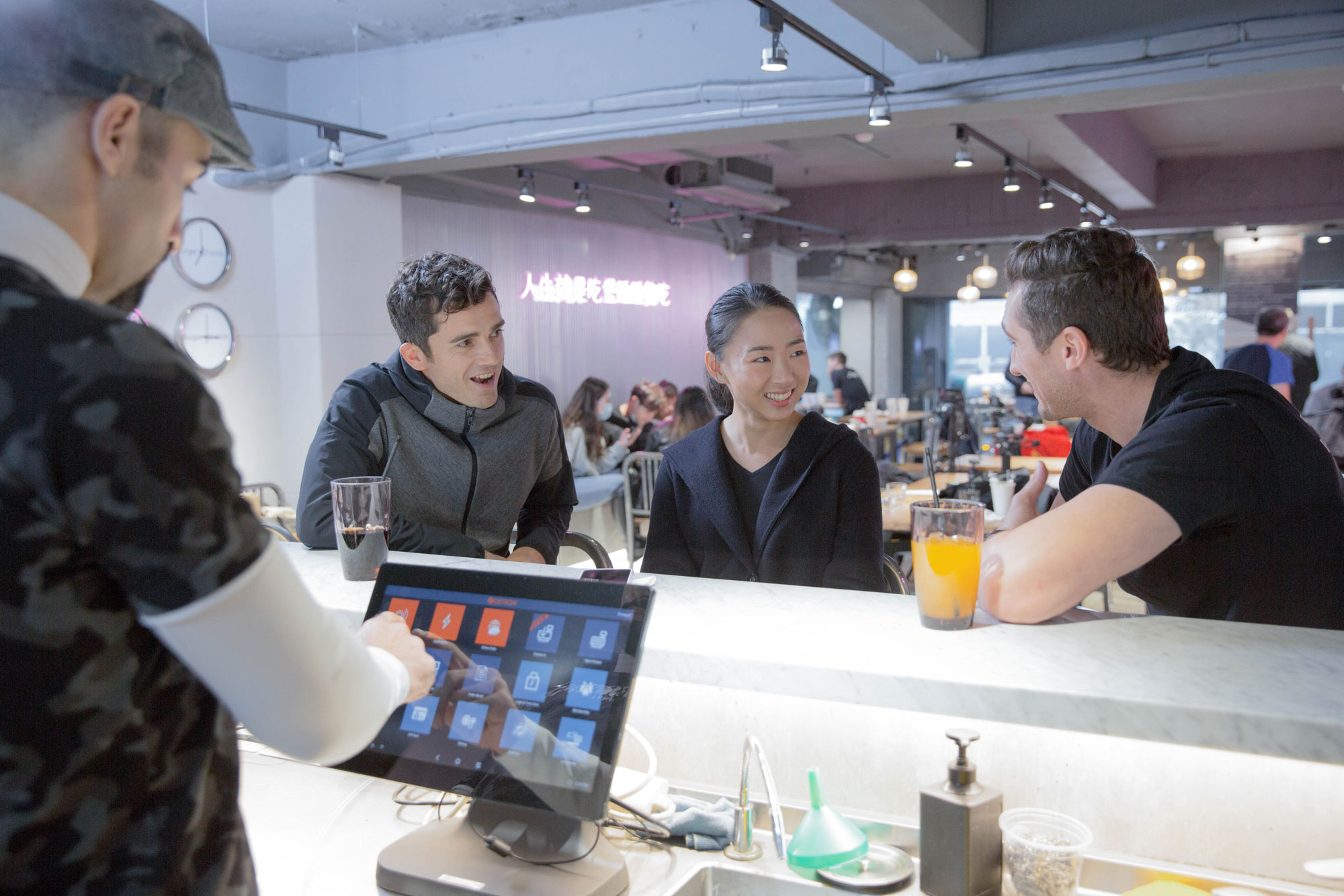 Next-generation Smart POS Equipment Perfect for Restaurant, Retail Store