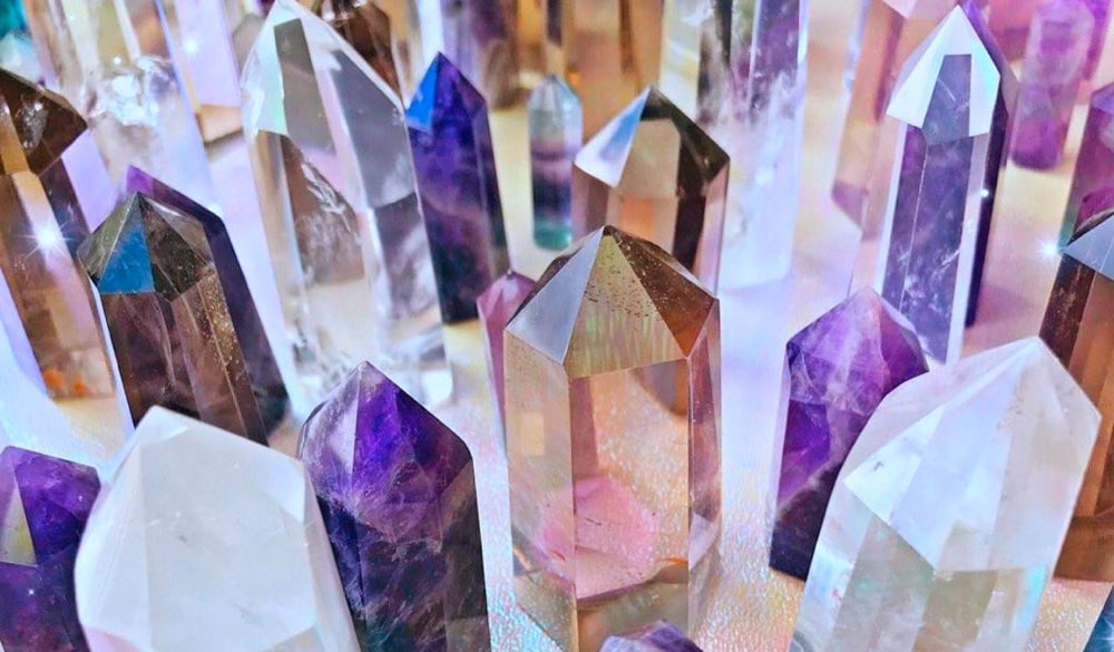 Crystal Points and Crystal Towers: Uses and Healing Benefits (2021)