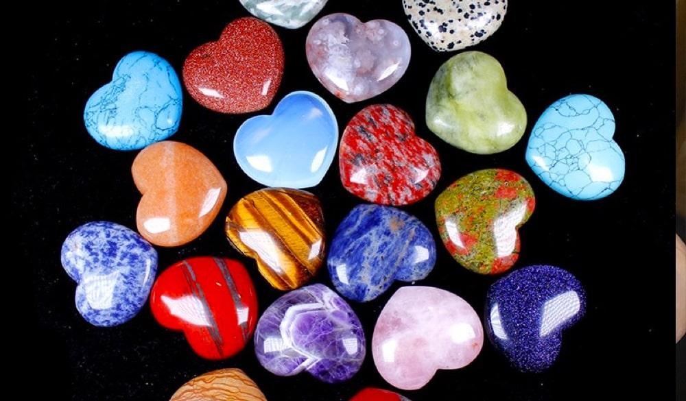 Crystal Heart: Uses, Benefits, Properties (2021)