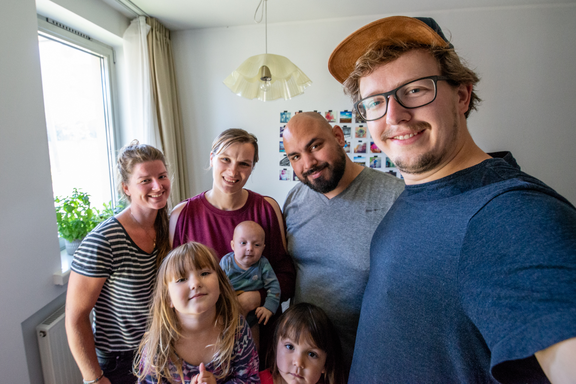 An American family living in Estonia who took Ellis&me in their home.