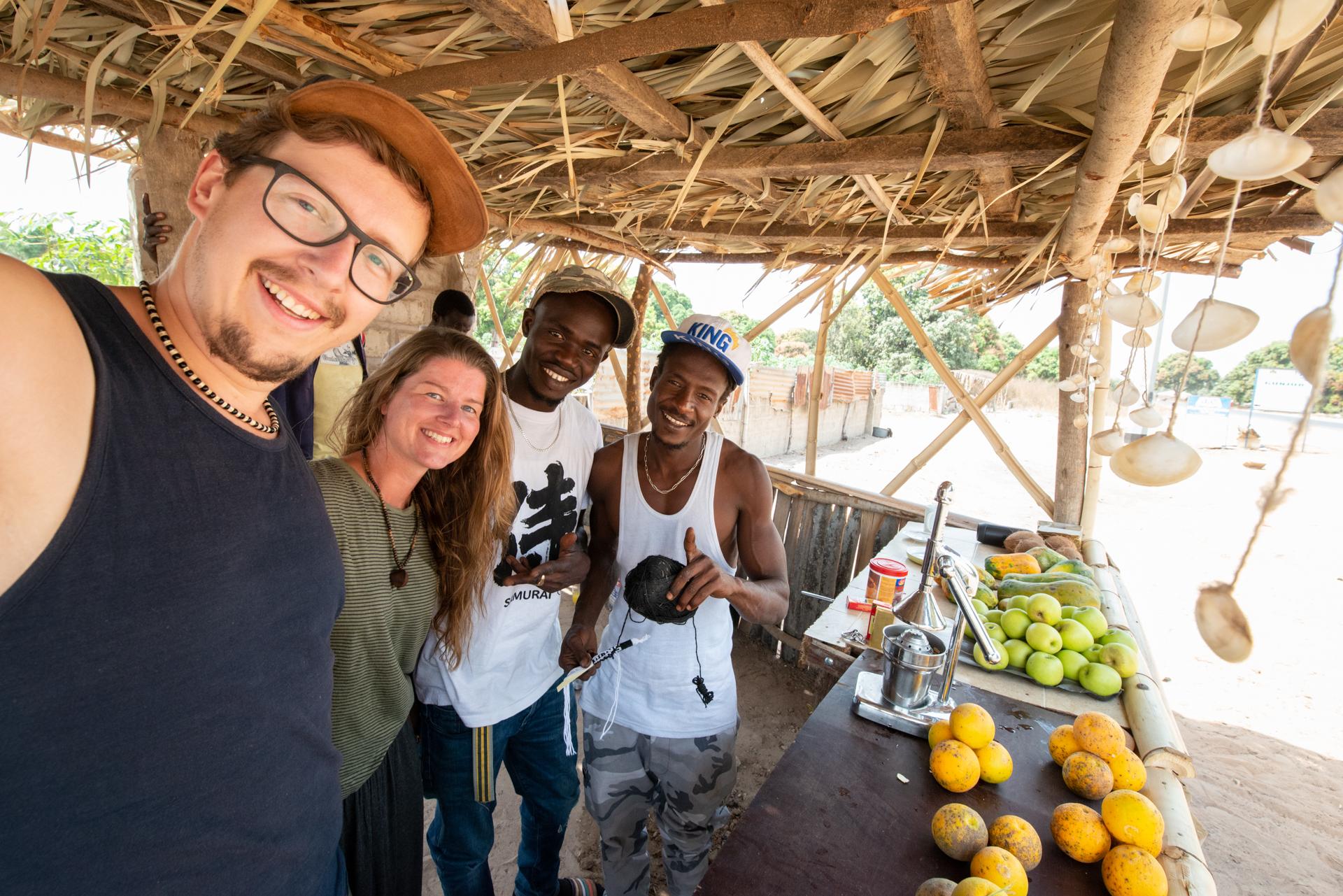 Juice bar man and Ellis&me in Gunjur, the Gambia.