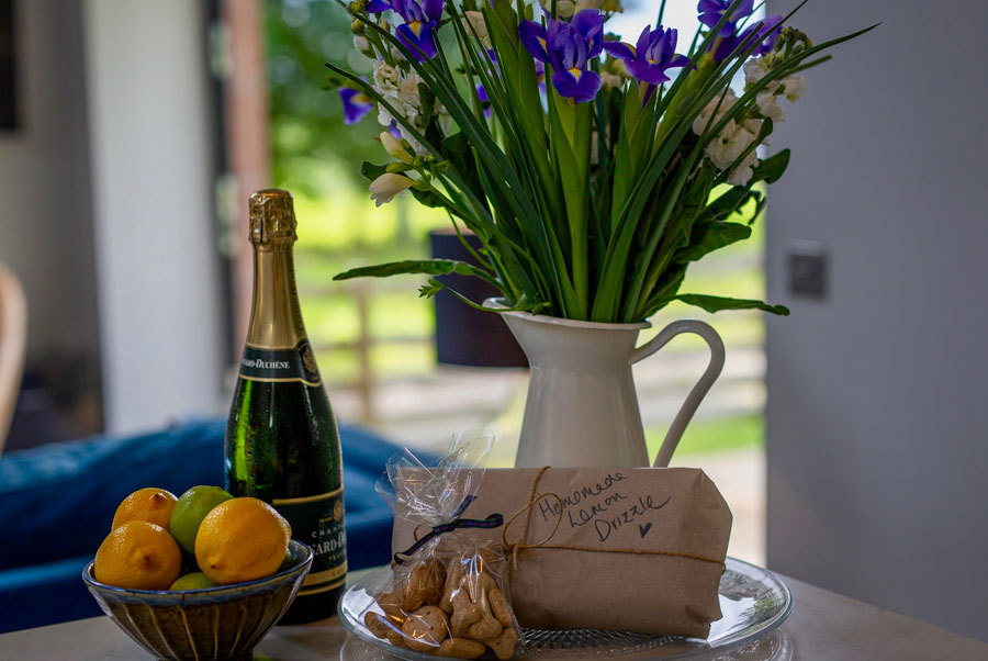Faldonside | The Studio Champagne & Flowers