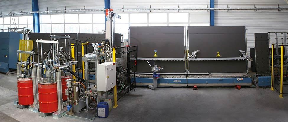 робот для герметизації