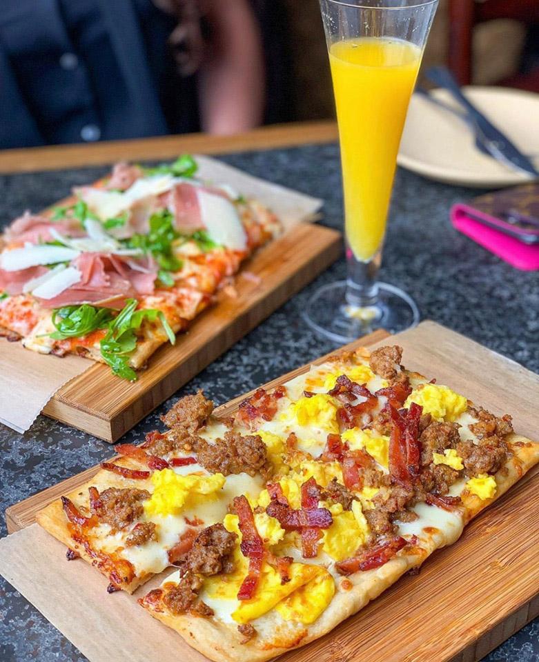 Best Sunday Bottomless Brunch Restaurant In Orlando, FL