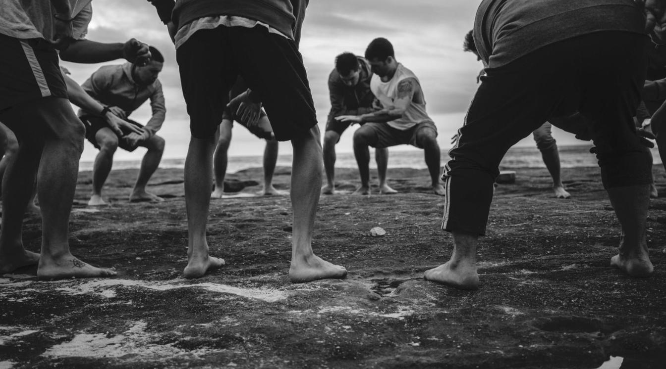 Marco Tesi men's circle movement practice