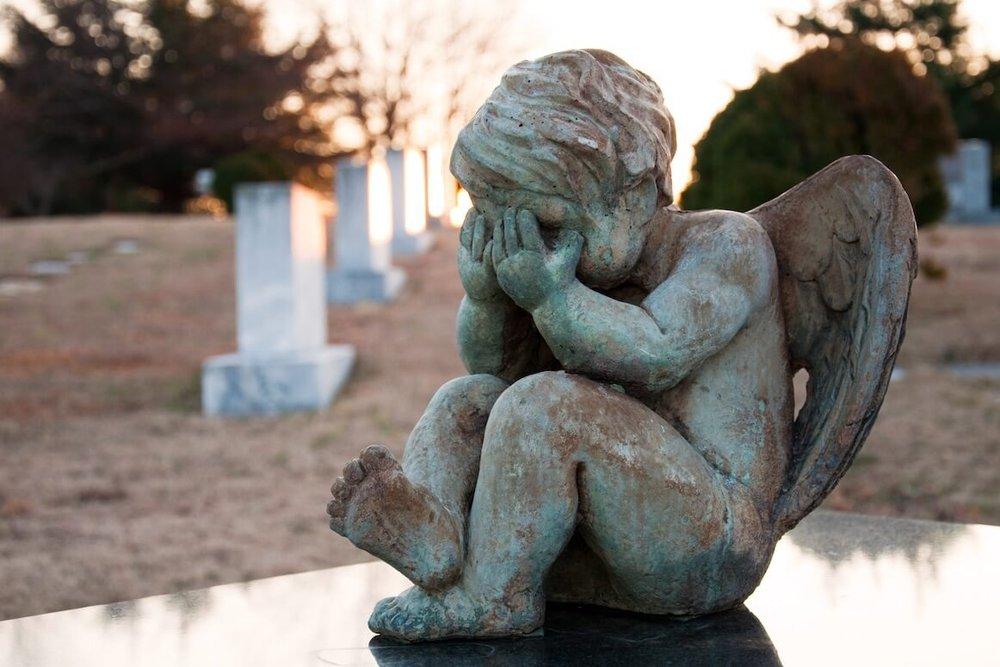 Checkliste Todesfall: Was Angehörige tun müssen