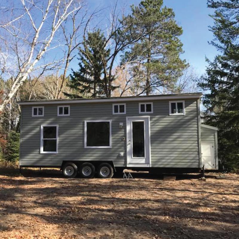Custom portable tiny houses on wheels for sale
