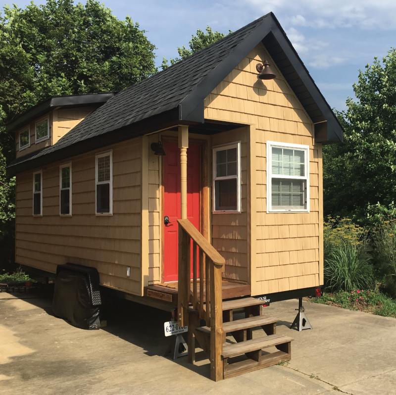 custom portable tiny houses on wheels for sale. Black Bedroom Furniture Sets. Home Design Ideas