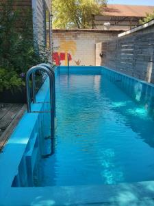 pool ladder built into a shipping container pool