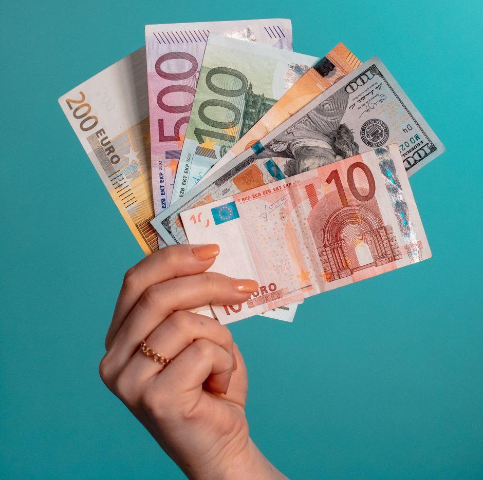 CRO Salaries: Agency vs Client-side vs Freelance
