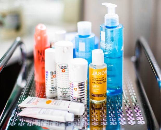 Our tips for mixing up your skincare routine. When to do it, what to do and why. Read about the most important aspects affect your routine.