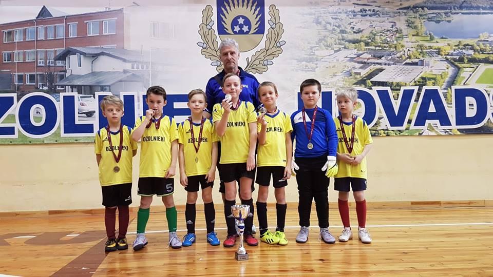 LFF Zemgales reģiona telpu futbolačempionāta fināls norisinājās Ozolnieku Sporta skolā