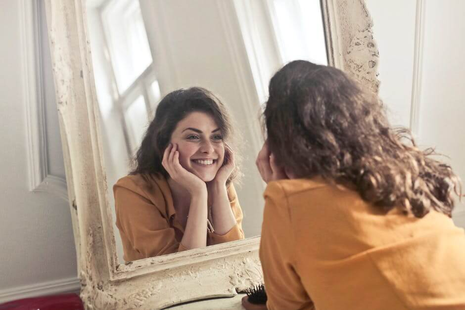 acne scars, women, mirror, botox, pittsburgh