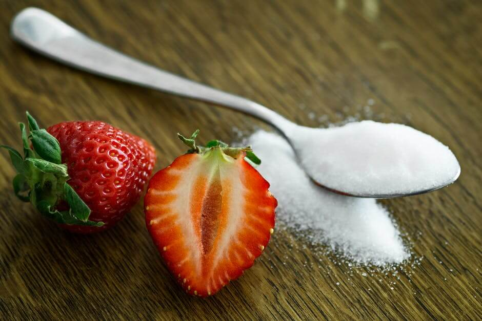 sugar, sweet, strawberry, tooth damage, enamel