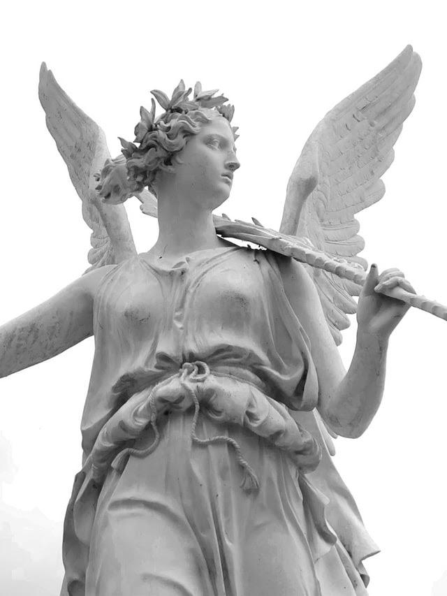 How do angel investors work