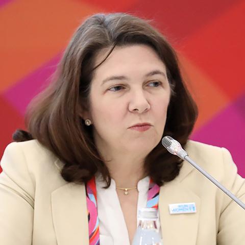 Илейн Конкиевич