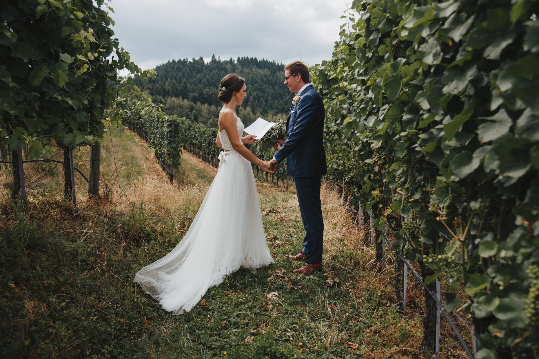 Ein Eheversprechen in den Reben