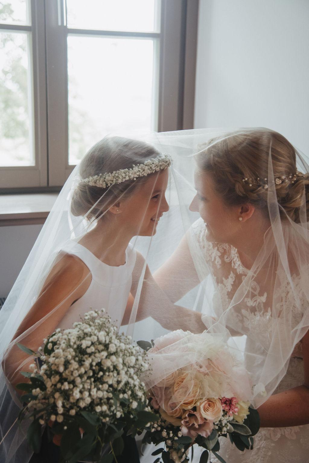 Braut unterm Schleier
