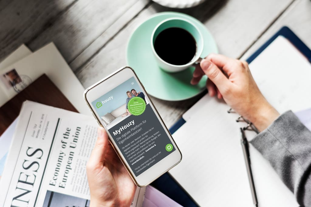 Houzy News on Mobile Phone