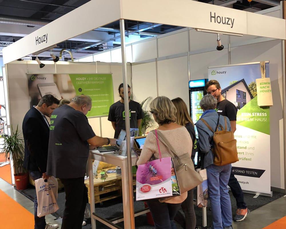 Houzy an der Bauen und Modernisieren Messe von Zürich
