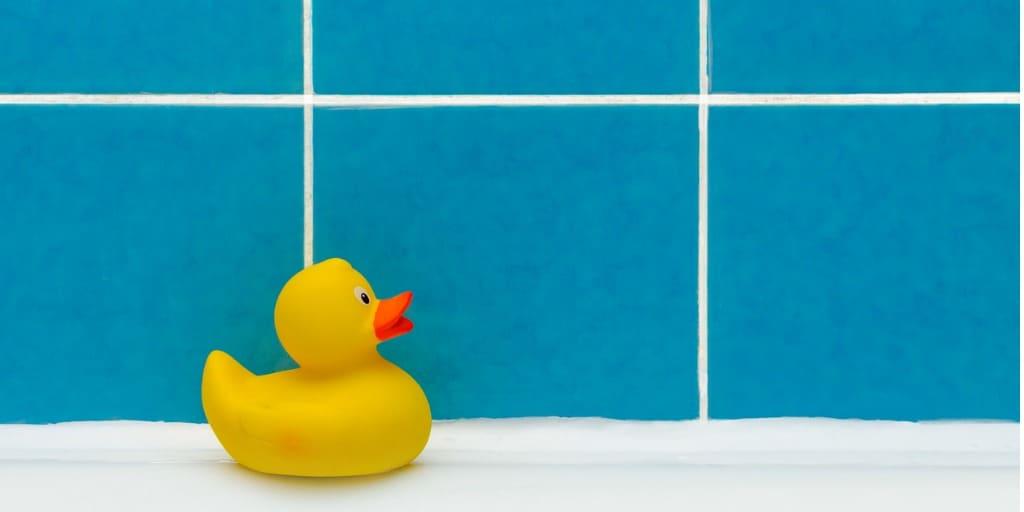 Schimmel im Bad entfernen
