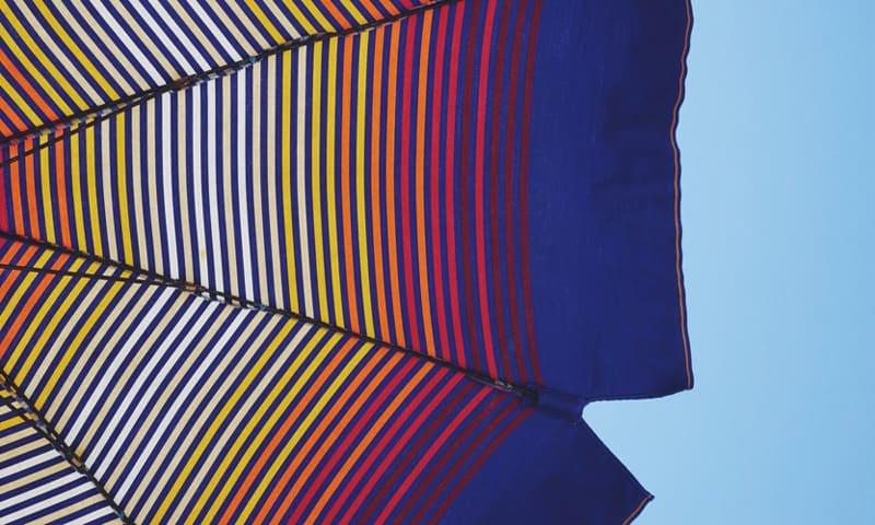 Sonnenschirme bieten Sonnenschutz