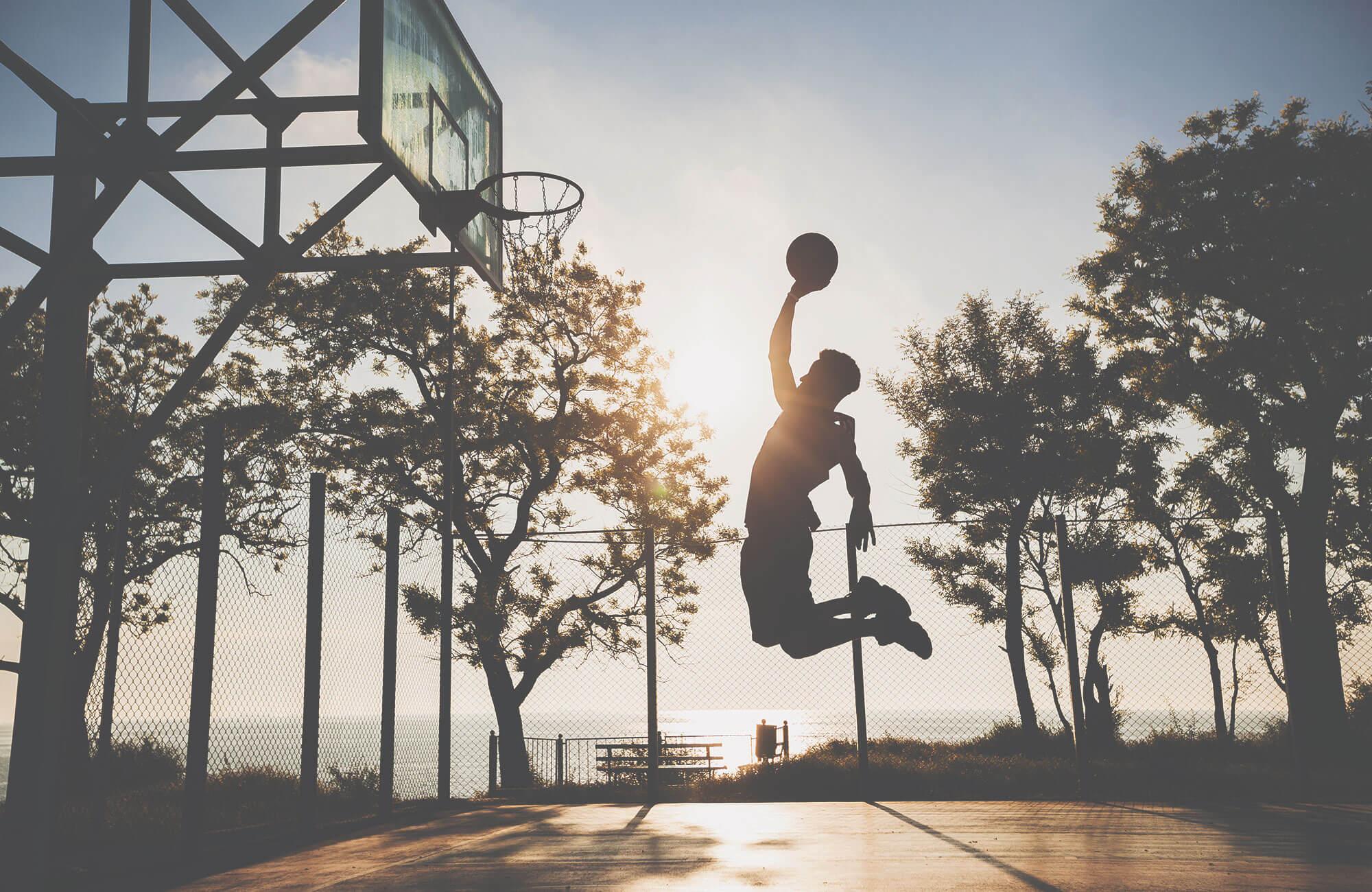 Basketballer Jumping