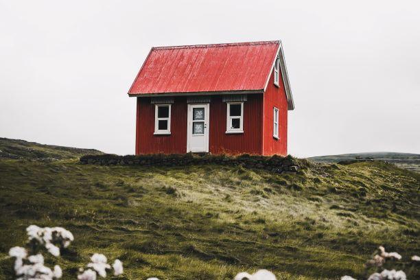 lite rødt hus landet