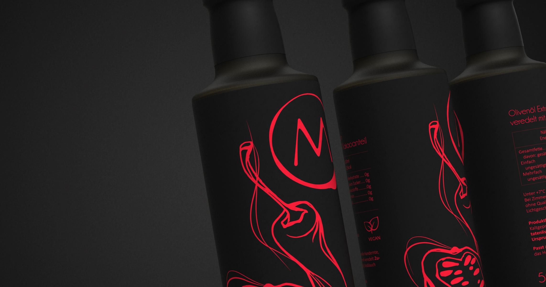 bottles chili spinning