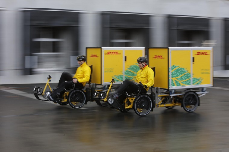 DHL Last mile delivery solution Velove electric Cargo e Bike
