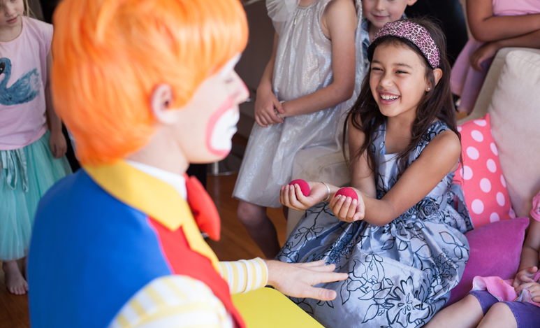 auckland kids entertainer popcorn the clown