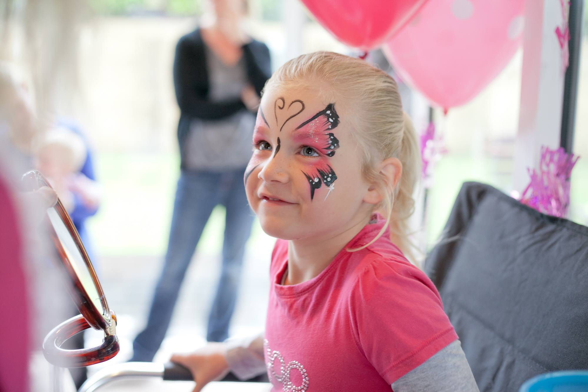 Auckland Face Painter for hire