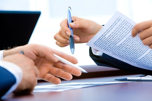 Business Law and Non-Compete Agreements in Illinois