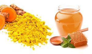 1. Sử dụng nghệ kết hợp mật ong