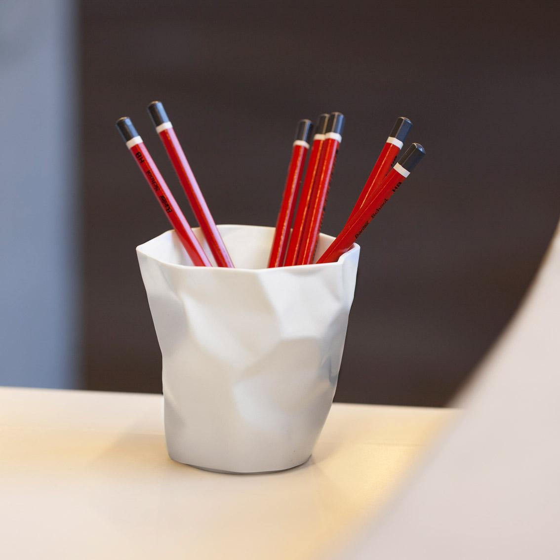 Pen Pen White