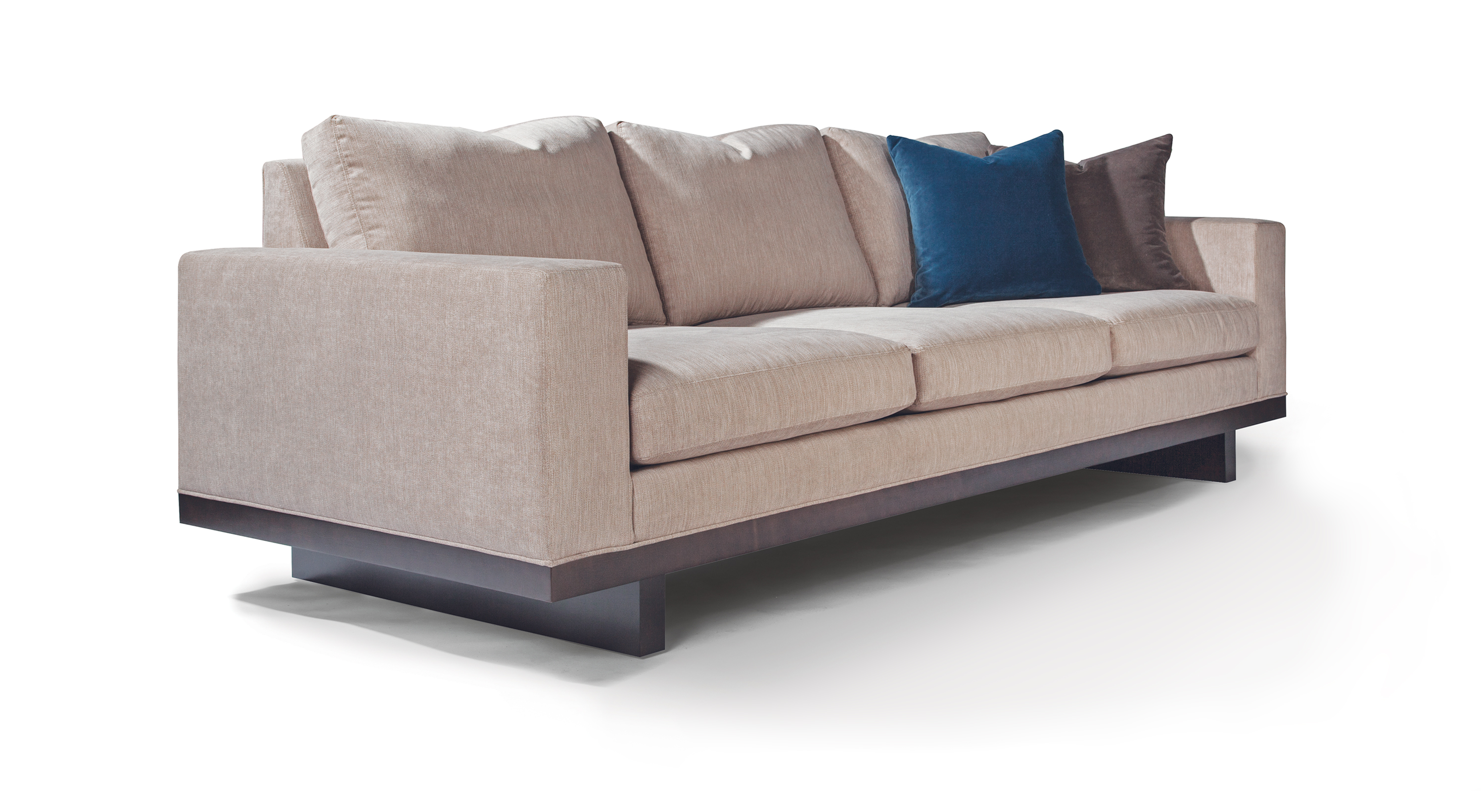 The LA Collection Sofa