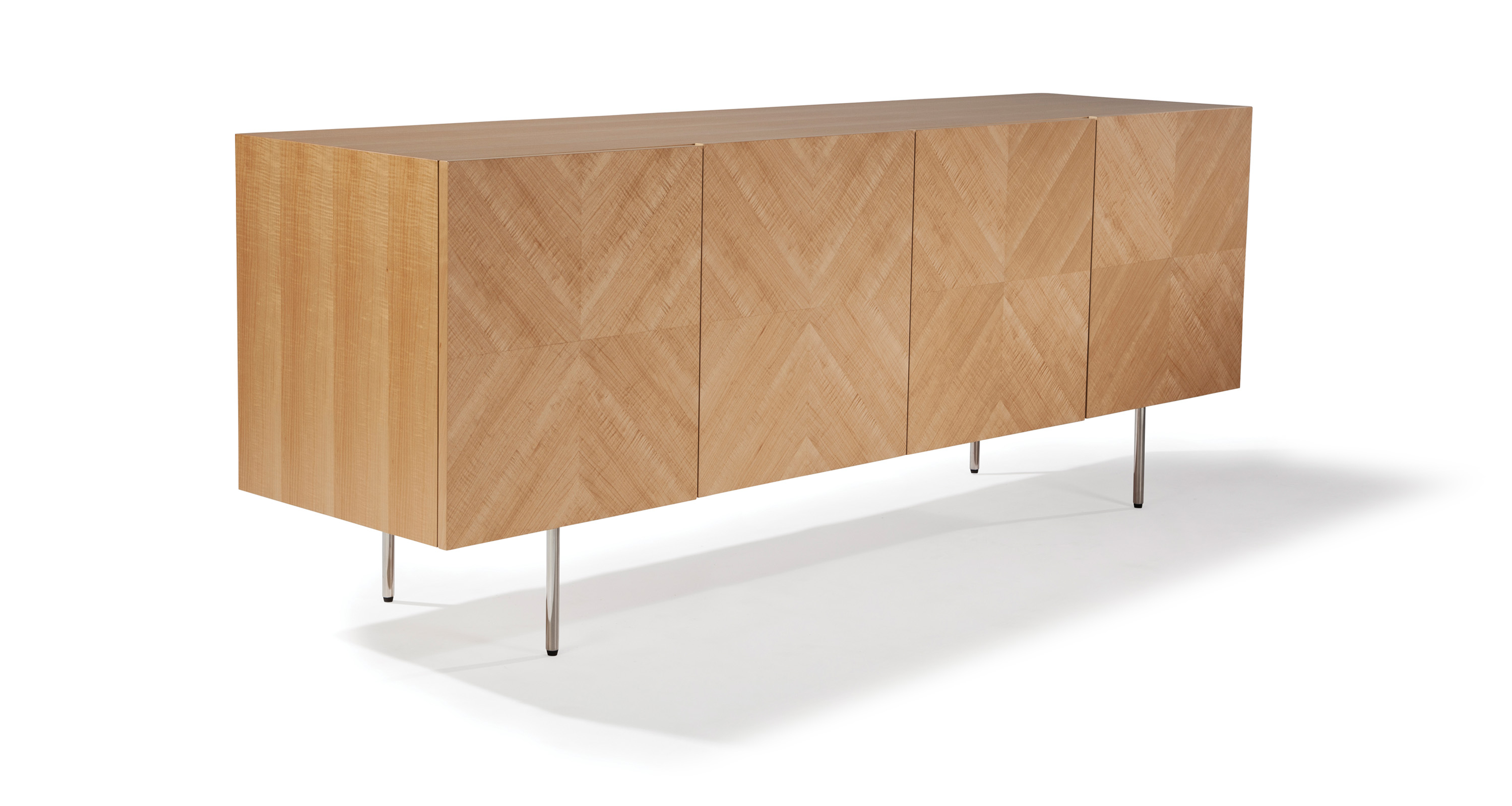 Design Classic Maple Cabinet