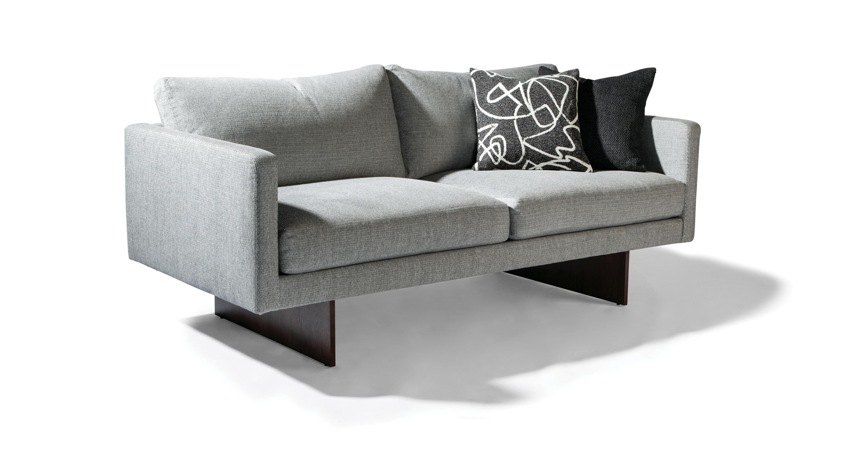 Blade Studio Sofa